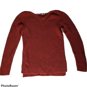 Simons contemporary knitted sweater